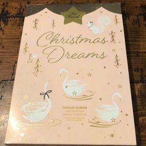 New Too Faced Christmas Dreams Dream Queen Set